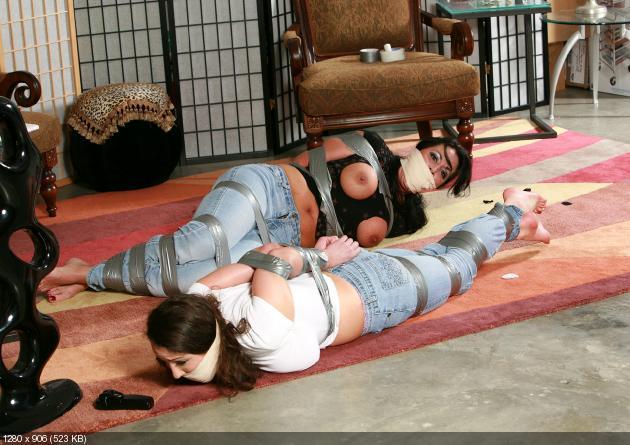 Связывание девушек скотчем 11 фотография