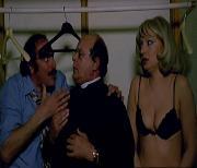 Второгодница заигрывает с директором / La ripetente fa l'occhietto al preside (1980) DVDRip-AVC