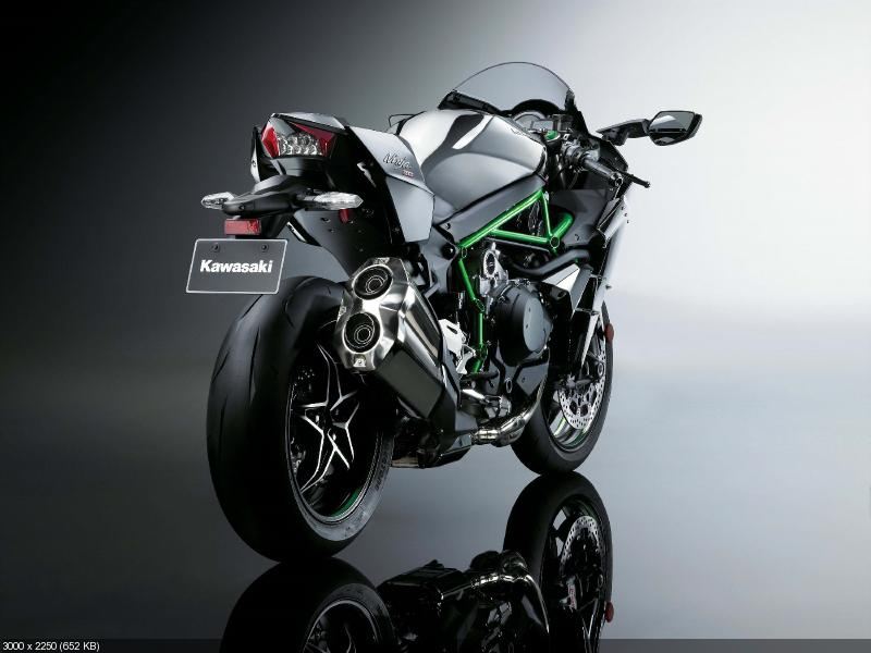 Официально. Kawasaki Ninja H2 - дорожная версия H2R