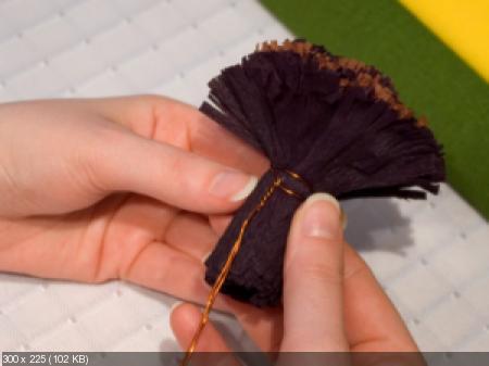 Цветы из гофрированой бумаги Ebda0a52208829c22332294fb397fd69