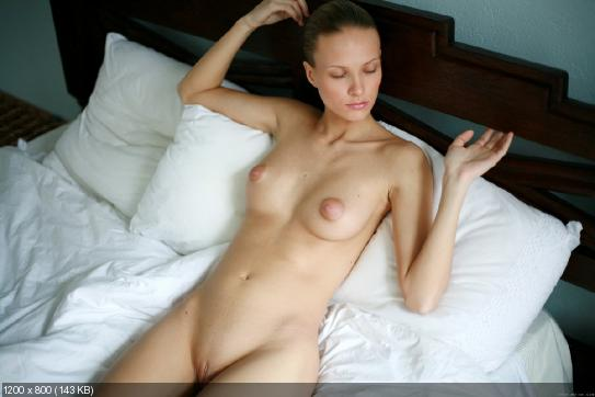 голые стройные худые девушки фото